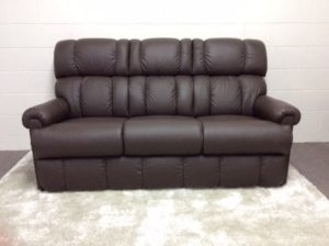 pinnacle 3 seater